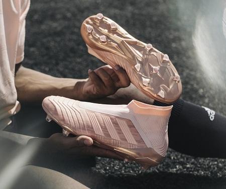 """Adidas lança pack """"Spectral Mode"""" para suas chuteiras"""