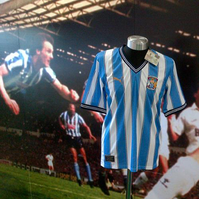 Camisa retrô Coventry City 1987