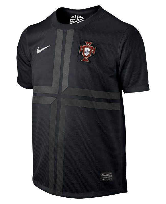 considerado tolerancia tanque  Camisa preta de Portugal 2013 Nike - Mantos do Futebol