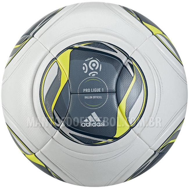 Bola oficial do Campeonato Francês 2013-2014