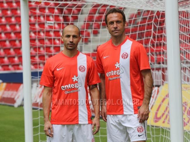Camisa titular do FSV Mainz 05 2013-2014