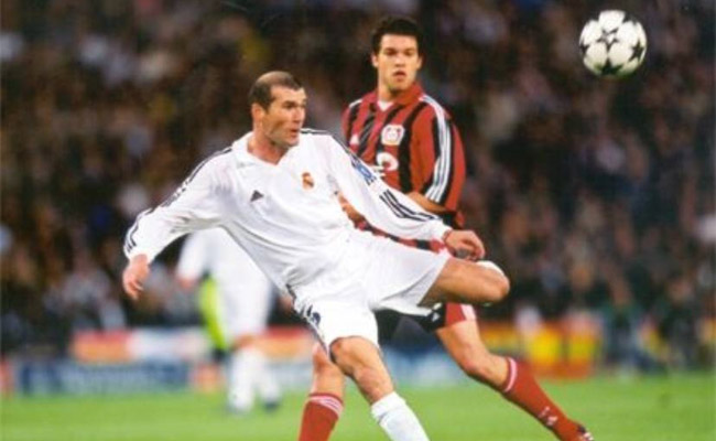 Golaço de Zidane, Real Madrid x Bayer Leverkusen - Final da Champions 2002
