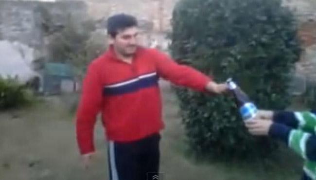 Como abrir uma cerveja dando uma bicicleta