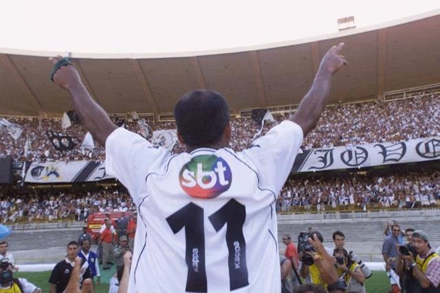 Vasco usou SBT na-camisa-para-provocar-Globo-na-final-de-2000