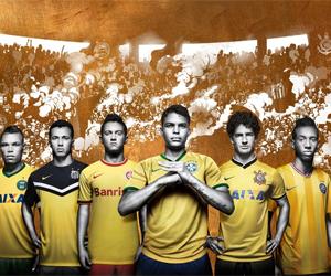 Clubes brasileiros apresentam camisas amarelas da Nike para 2014 capa