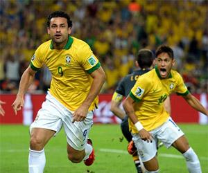 Brasil jogará de camisa amarela nos três jogos da primeira fase. Já o calção capa