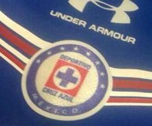 Cruz Azul assina com a Under Armour capa