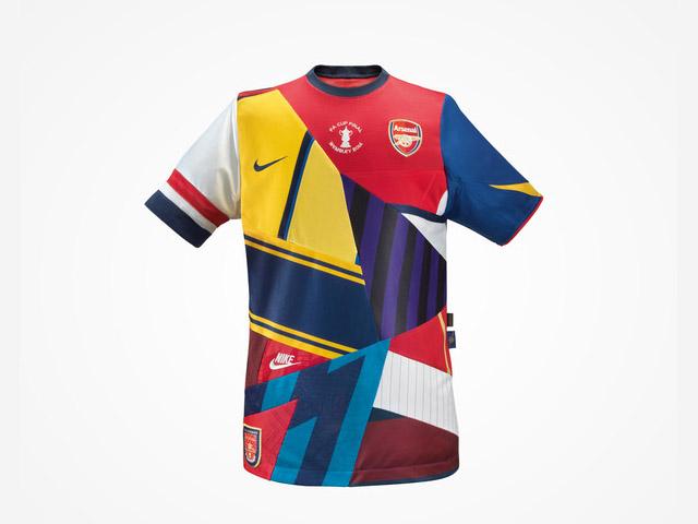 Nike lança camisa comemorativa do Arsenal aos 20 anos de parceria