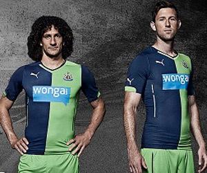 Terceira camisa do Newcastle 2014-2015 Puma Your Kit 2