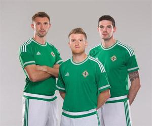 Camisas da Irlanda do Norte 2015-2016 Adidas capa