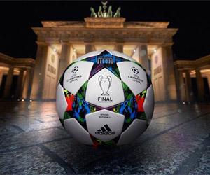 Bola da Final da Champions League 2015 Adidas Berlim capa