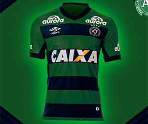 Camisa da Chapecoense Natal 2014 Umbro capa