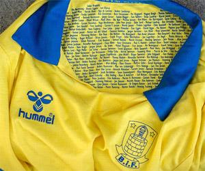 Camisa retrô dos 50 anos do Brondby IF Hummel capa