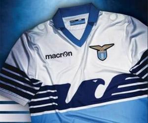 Camisas da Lazio 2015-2016 Macron Águia capa