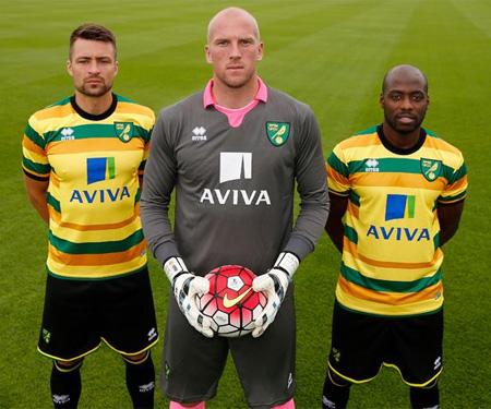 Camisas do Norwich City 2015-2016 Terceira capa