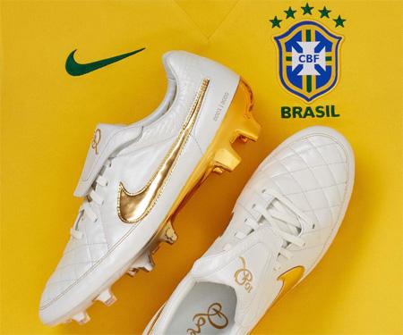 Camisas do Brasil 2015-2016 Nike Chuteira Ronaldinho capa