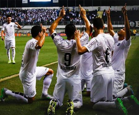 Jogadores que mais vendem camisas do Santos em 2015 capa