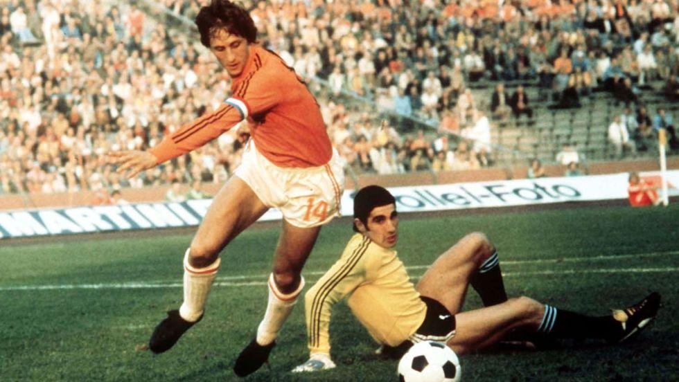 PUMA Johan Cruyff vs Adidas