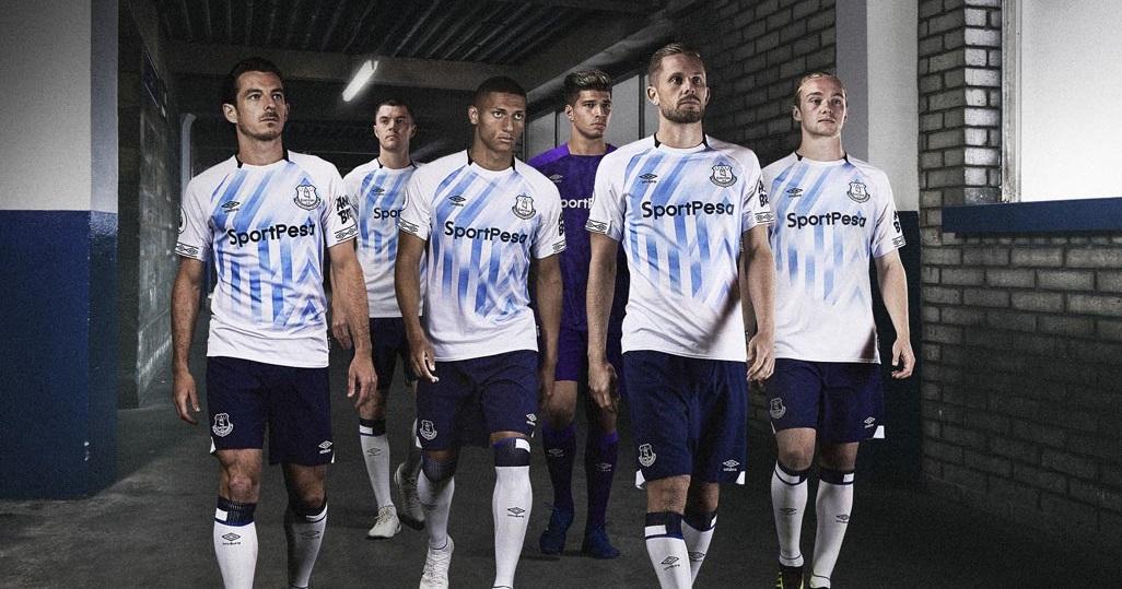 Camisas do Everton 2018-2019 Umbro