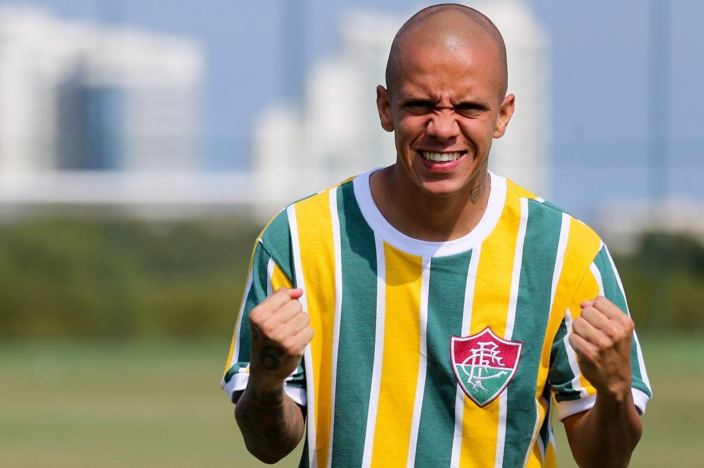 Fluminense lança camisa comemorativa à Seleção Brasileira 2