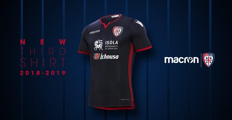 Terceira camisa do Cagliari 2018-2019 Macron