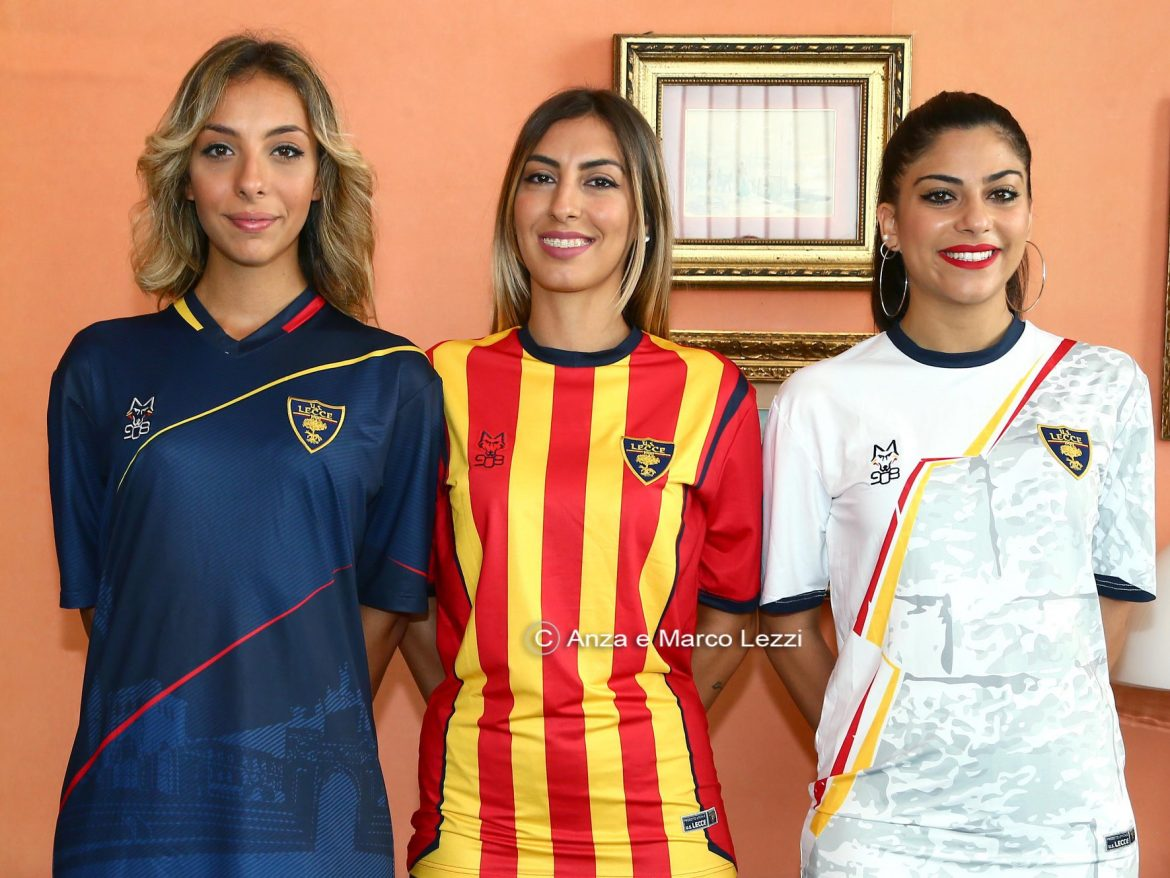 Camisas do US Lecce 2018-2019 M908