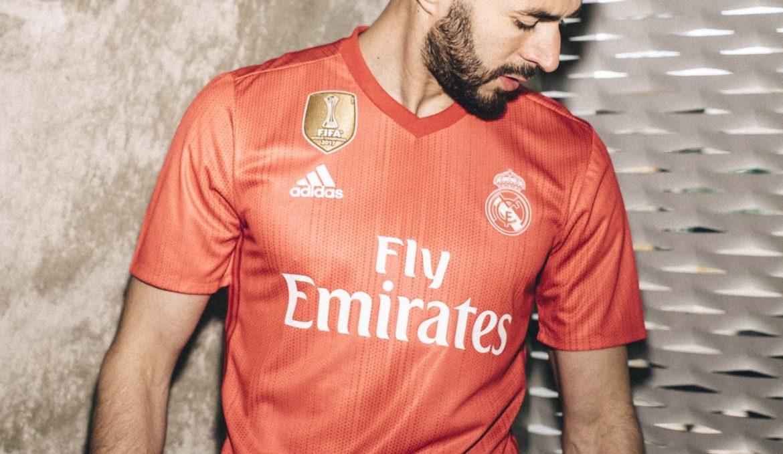 terceira camisa vermelha do Real Madrid 2018-2019 Adidas