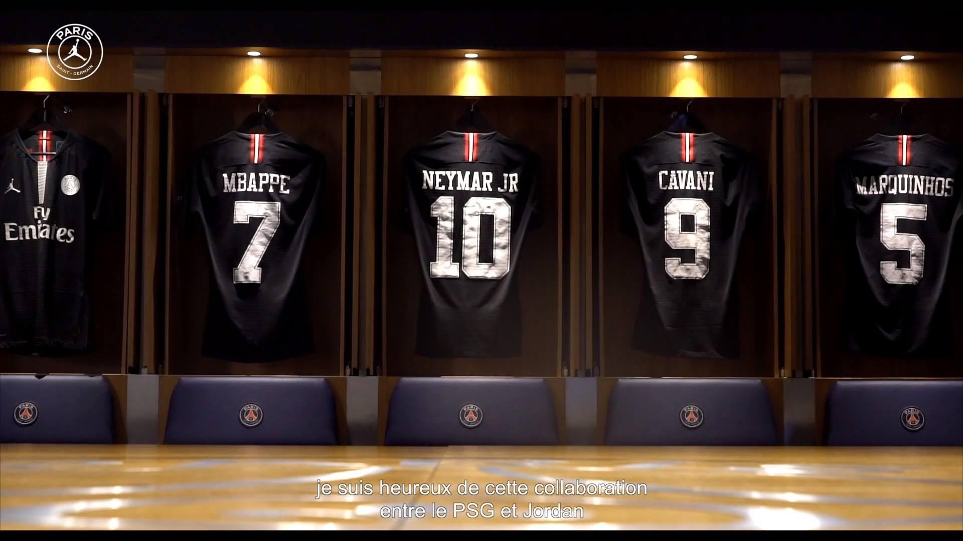 Nova camisa três do PSG traz numeração inspirada no Chicago Bulls de Jordan