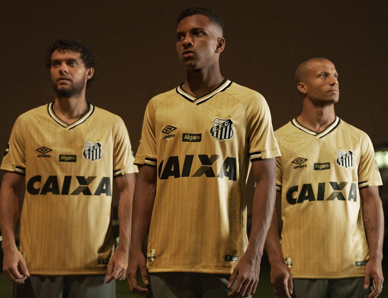 Quarta camisa dourada do Santos 2018-2019 Umbro kit