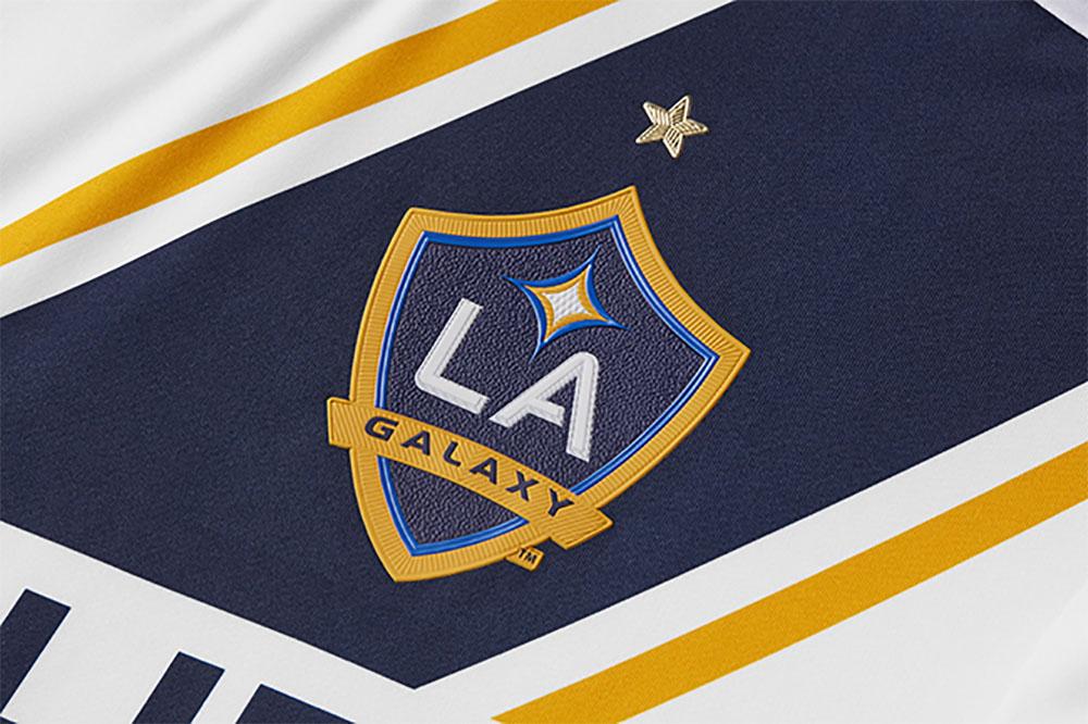 A regra das estrelas nas camisas dos times da Major League Soccer