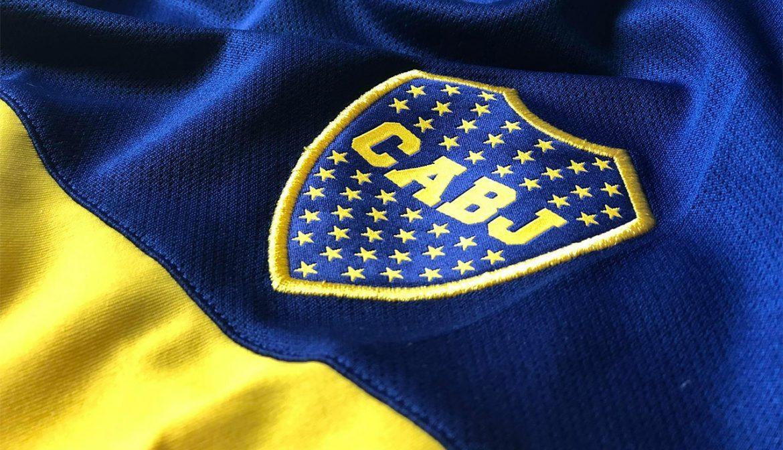 Camisa Boca Adidas 2020 escudo