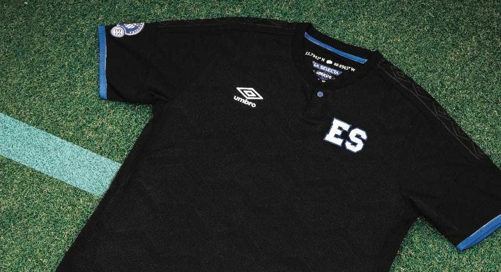 Terceira camisa de El Salvador 2018-2019 Umbro