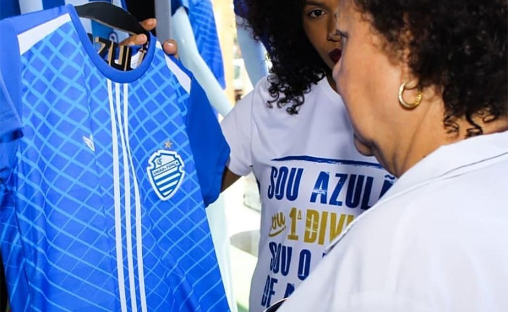 CSA lança camisa comemorativa em homenagem ao número 7