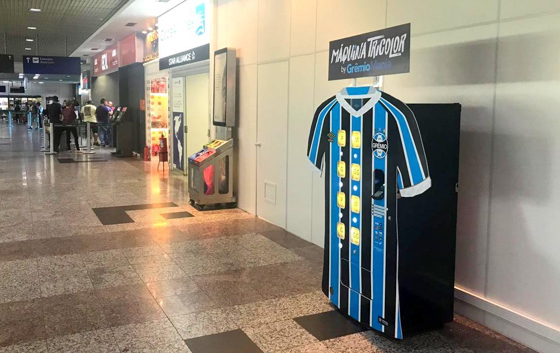 Grêmio inova e lança oficialmente vending machine de camisas