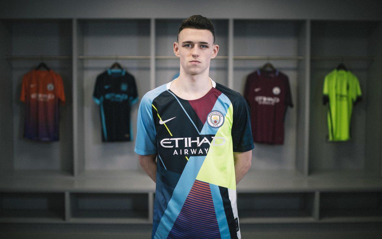 Camisa mashup do Manchester City 2019 Nike abre