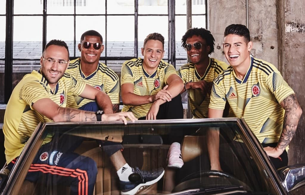 Camisas da Colômbia 2019-2020 Adidas abre