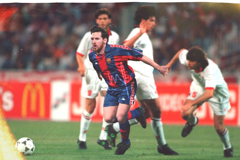 Leitor MDF Craques atuais vs Camisas clássicas (Michell Santos) Messi