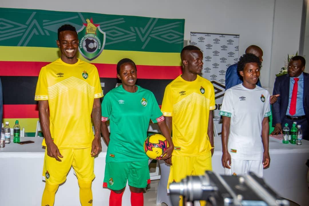 Camisas do Zimbabwe 2019-2020 Umbro