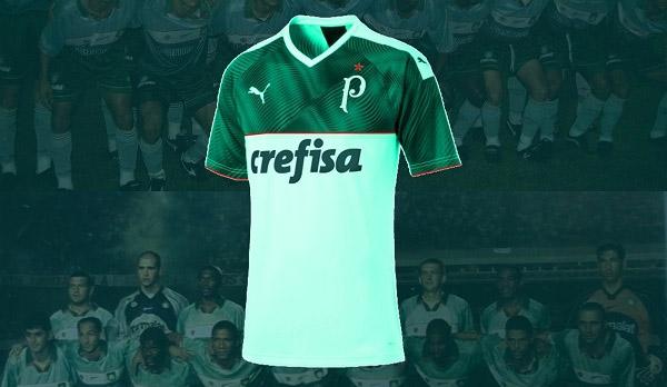 Terceira camisa do Palmeiras Bug do Milênio PUMA