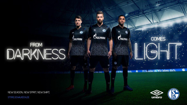 Terceira camisa do Schalke 04 2019-2020 Umbro abre