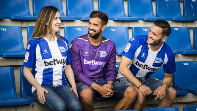 Camisas do Deportivo Alavés 2019-2020 Kelme