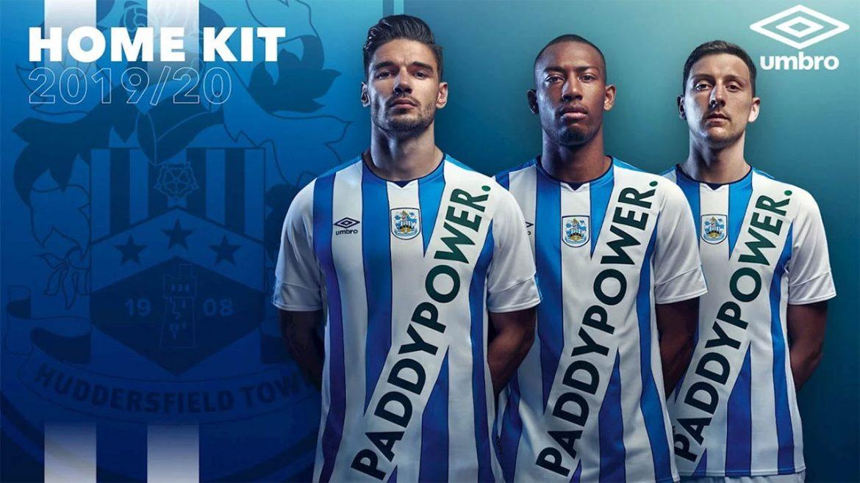 Camisas do Huddersfield Town 2019-2020 Umbro abre