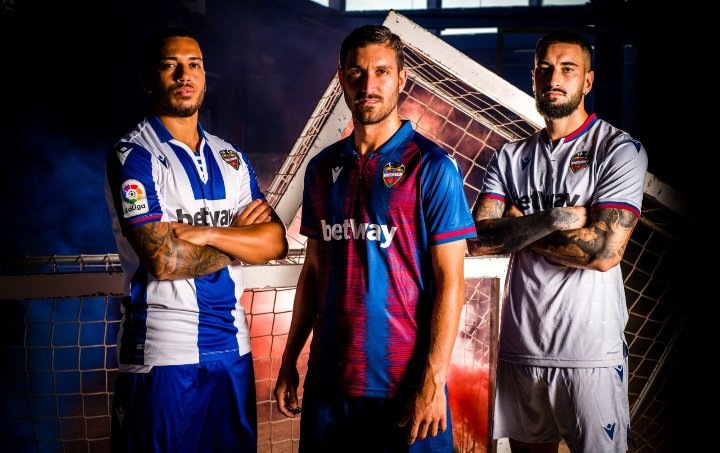 Camisas do Levante UD 2019on