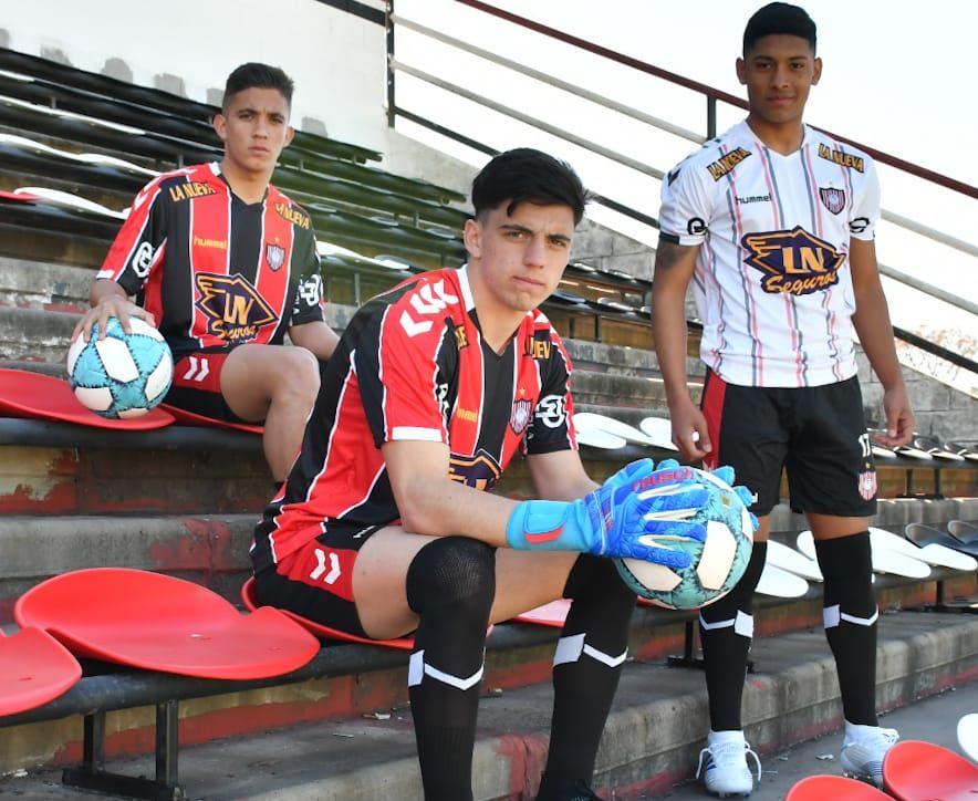 Camisas do Chacarita Juniors 2019