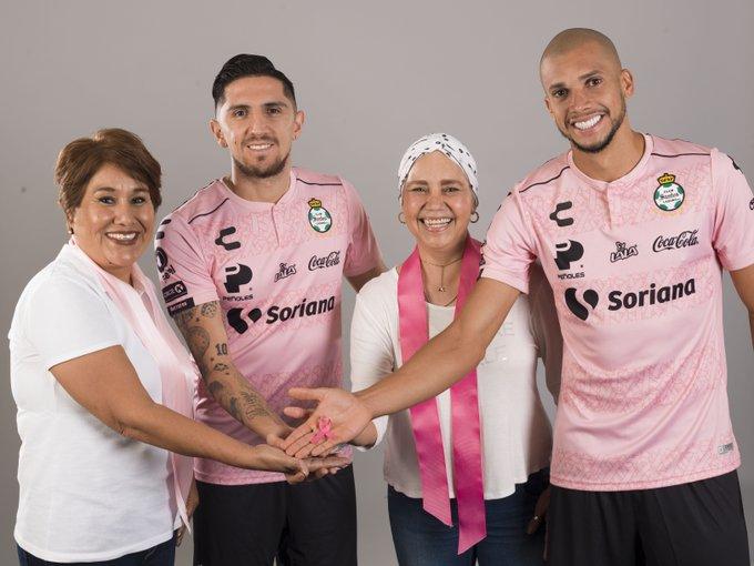 "Camisa ""Outubro Rosa"" do Santos Laguna 2019"
