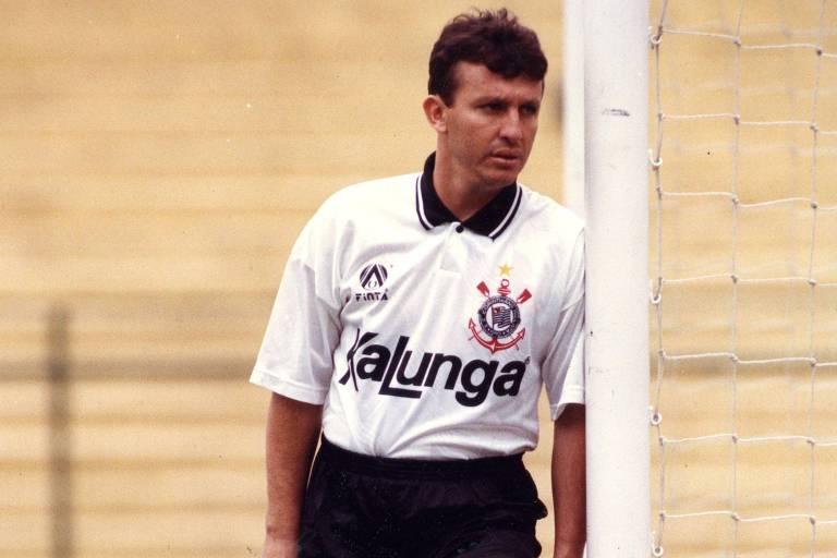 Informações sobre as camisas do Corinthians 2020-2021