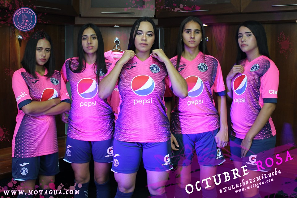 "Camisa ""Outubro Rosa"" do Motagua"