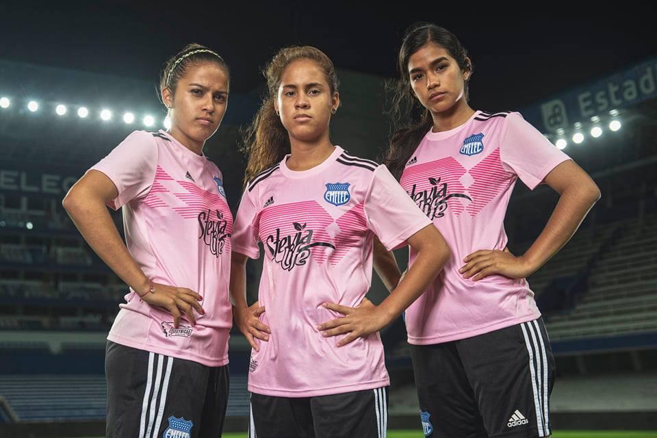 Camisa Outubro Rosa do Emelec 2019 Adidas