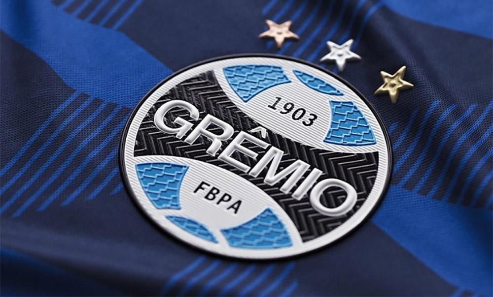Grêmio não pode jogar com camisas com cores diferentes do azul, preto e branco