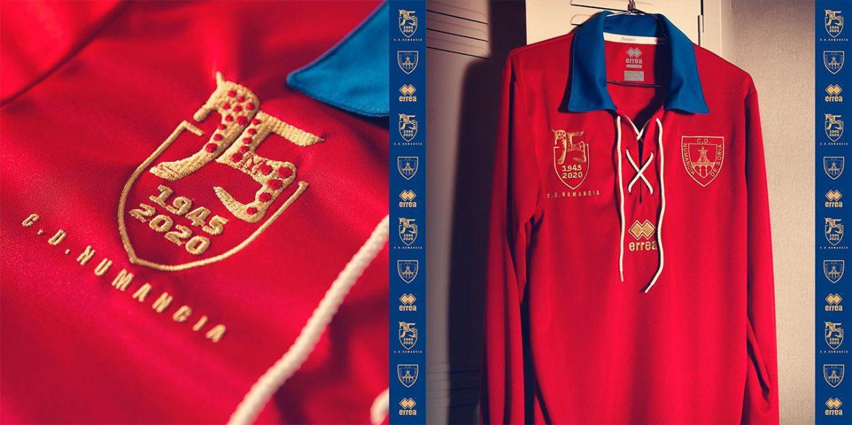 Camisa dos 75 anos do CD Numancia 1945-2020 Erreà abre